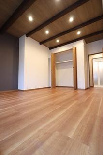 1階洋室.JPG