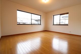 2階洋室1.JPG